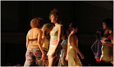 fashionweeklondrefin20101.jpg